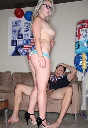 Nerdy patriot with natural breasts practices sex in honor of Indepoendance Day